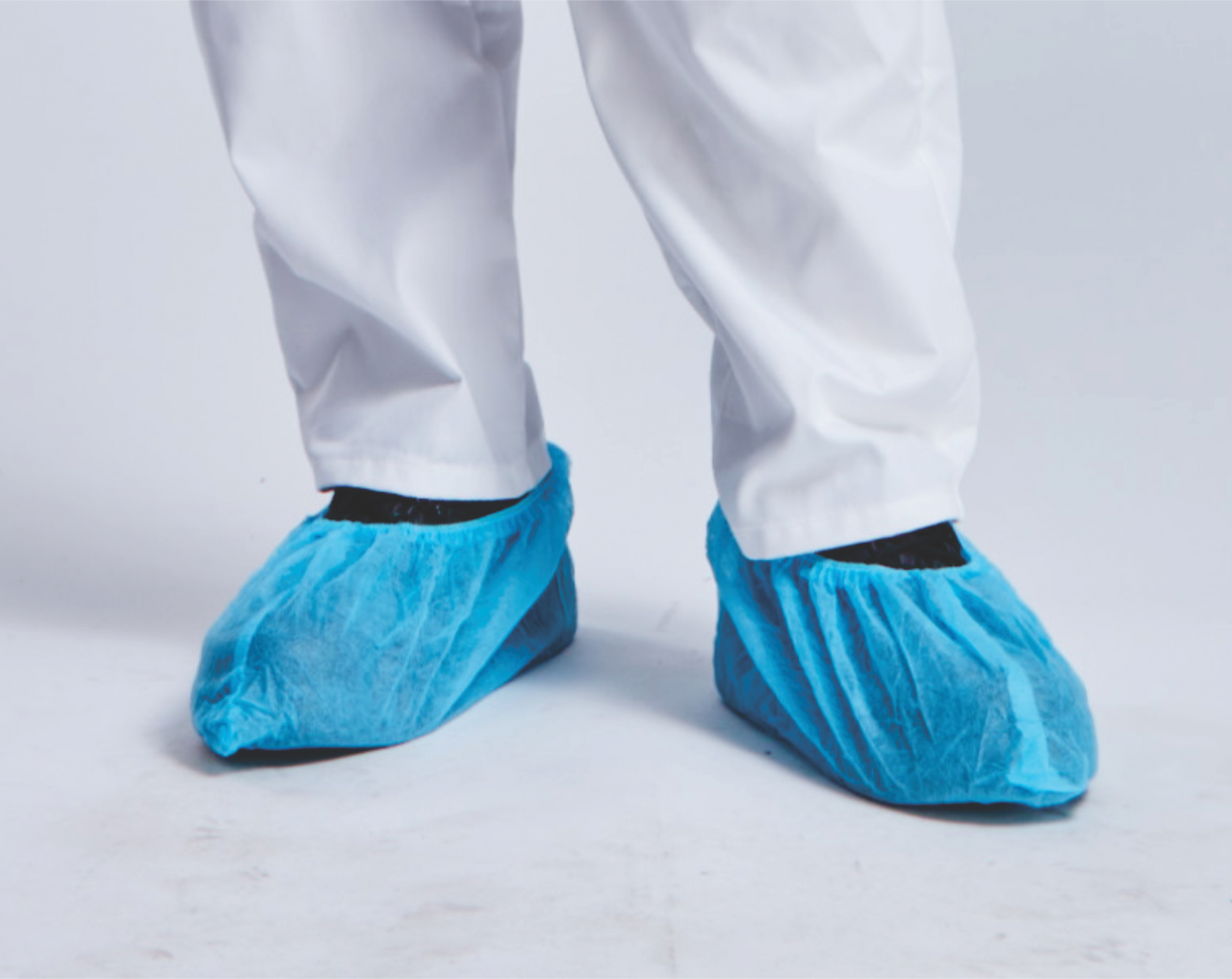DISPOSABLE NON-WOVEN OVERSHOES